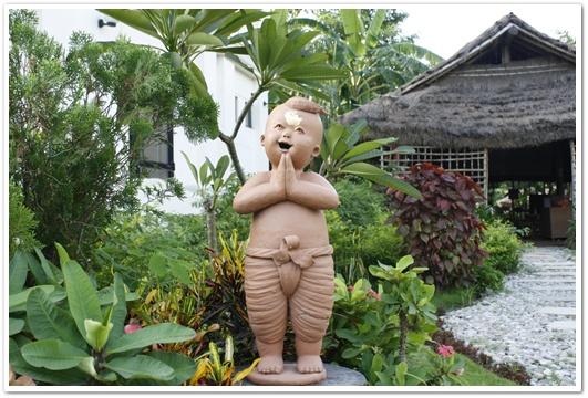 พระธรรมทูตปฏิบัติศาสนกิจ ณ วัดไทยลุมพินี กล่าวแสดงความยินดีต้อนรับ