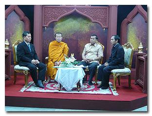ให้สัมภาษณ์สื่อต่างๆ เพื่อเผยแผ่ การปฏิบัติศาสนกิจของพระธรรมทูต ณ แดนพุทธภูมิ